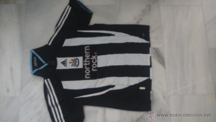 CAMISETA DE FUTBOL NEWCASTLE NORTHEN ROCK (Coleccionismo Deportivo - Ropa y Complementos - Camisetas de Fútbol)