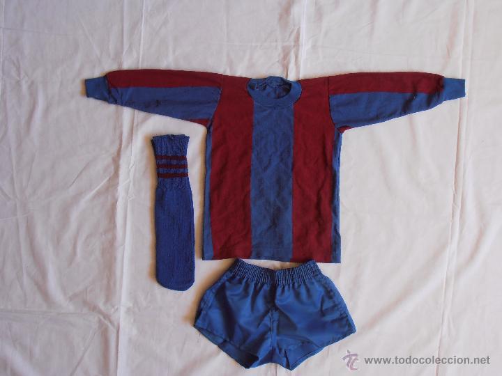 Coleccionismo deportivo: EQUIPACION NIÑO FUTBOL BARCELONA AÑOS 80 BARCA - Foto 3 - 54254626