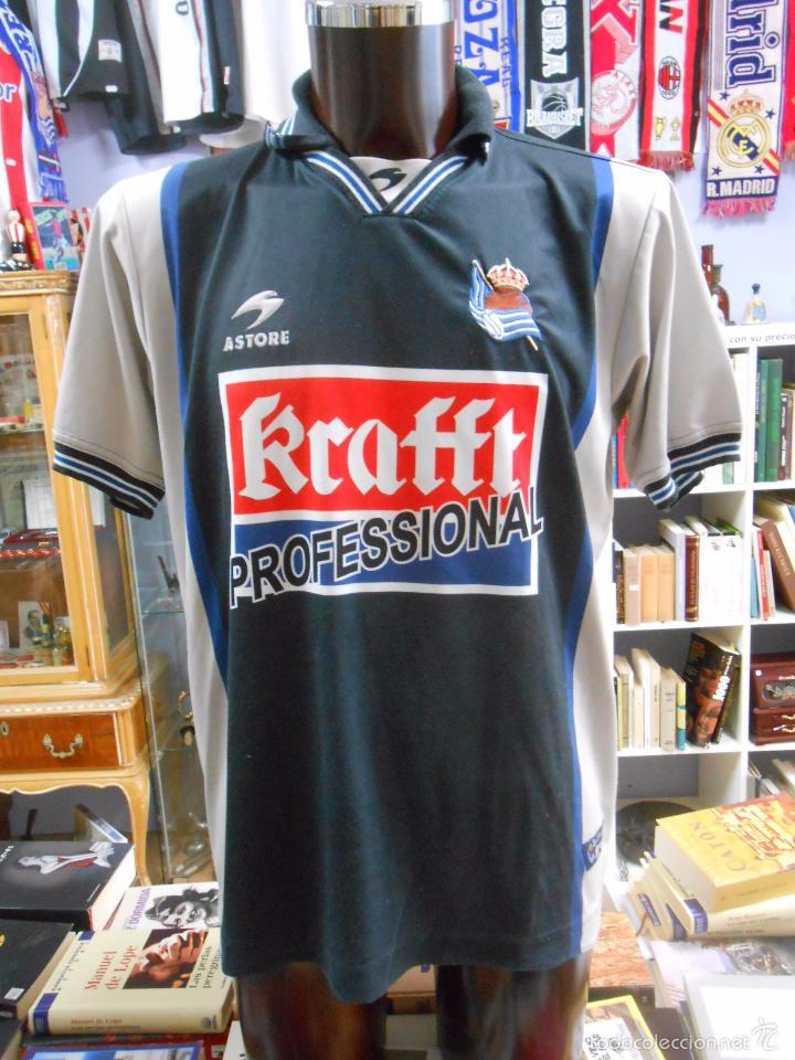 segunda equipacion Real Sociedad futbol