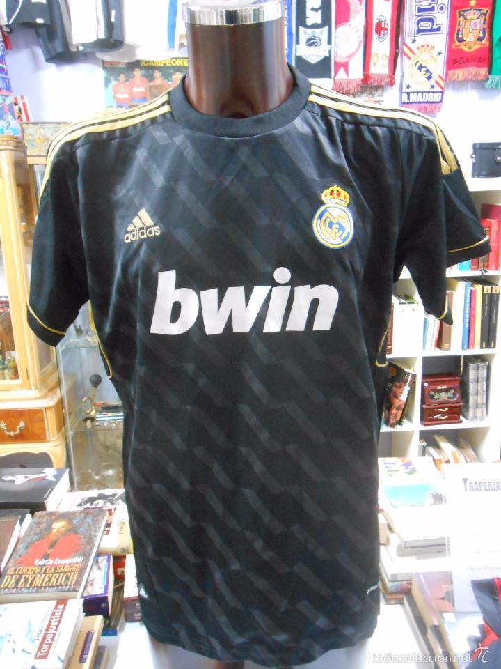 segunda equipacion real madrid deportivas