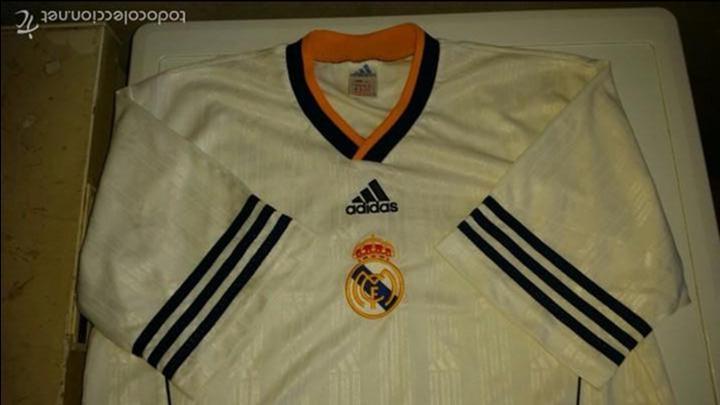 Coleccionismo deportivo: CAMISETA ADIDAS REAL MADRID ORIGINAL TALLA M - Foto 2 - 57563912