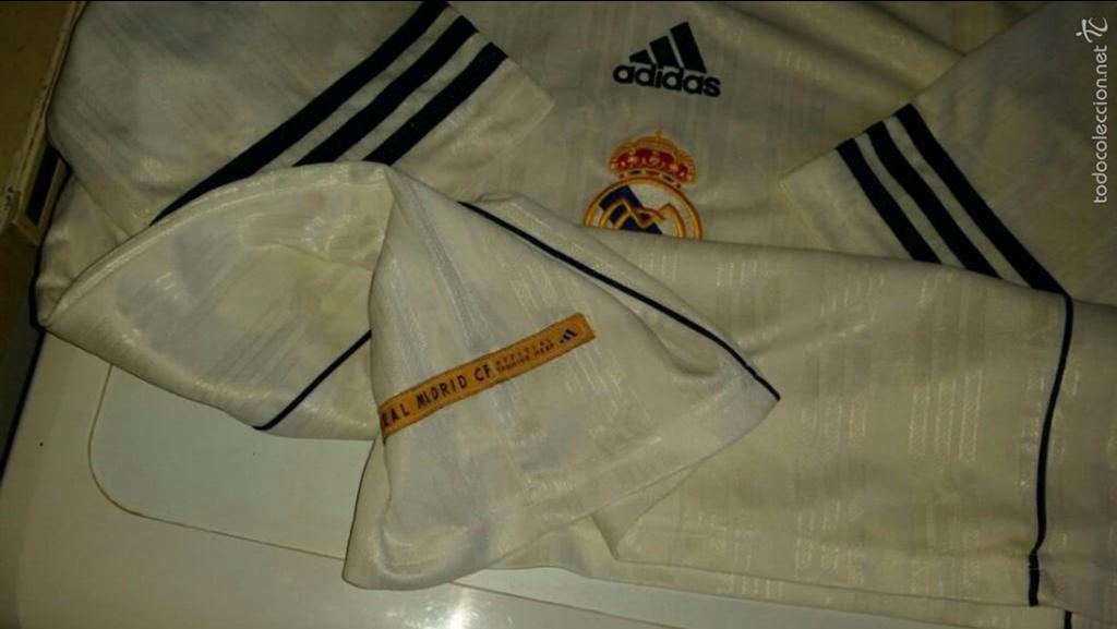 Coleccionismo deportivo: CAMISETA ADIDAS REAL MADRID ORIGINAL TALLA M - Foto 5 - 57563912