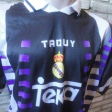Coleccionismo deportivo: CAMISETA FUTBOL ORIGINAL TAQUY REAL MADRID TALLA L. Lote 137579962