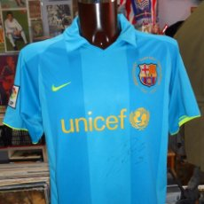Sports collectibles - CAMISETA DEL FUTBOL CLUB BARCELONA. BARSA. OFICIAL. AZUL. PUYOL. DORSAL 5. TALLA L. FIRMADA. TDKDEP8 - 57829607