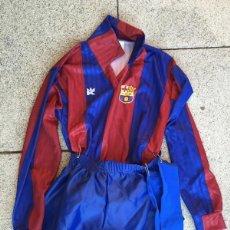 Coleccionismo deportivo: ANTIGUA EQUIPACION PARA NIÑO O DISFRAZ DE JUGADOR DEL BARCELONA FUTBOL CLUB - BARÇA - TALLA 10 - KON. Lote 59180525