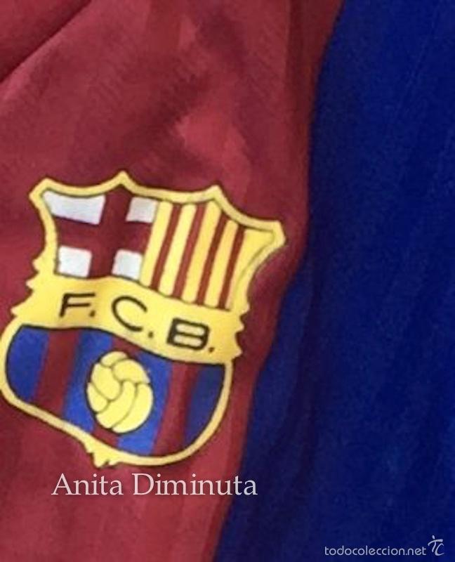 Coleccionismo deportivo: ANTIGUA EQUIPACION PARA NIÑO O DISFRAZ DE JUGADOR DEL BARCELONA FUTBOL CLUB - BARÇA - TALLA 10 - KON - Foto 2 - 59180525
