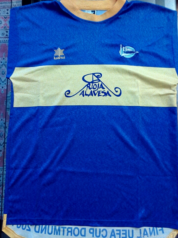 CAMISETA HISTORICA C. D. ALAVÉS (Coleccionismo Deportivo - Ropa y Complementos - Camisetas de Fútbol)