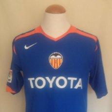 Coleccionismo deportivo: VALENCIA C.F CAMISETA 2005-2006 AZUL NIKE. Lote 66903414