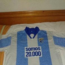 Coleccionismo deportivo: CAMISETA MÁLAGA CONMEMORATIVA SOMOS 20000. Lote 78386999