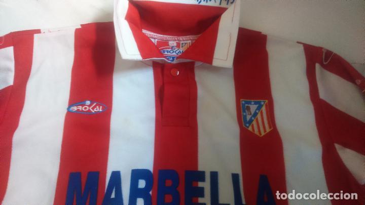 Coleccionismo deportivo: CAMISETA ATLETICO DE MADRID MARBELLA BROKAL - Foto 2 - 83913436