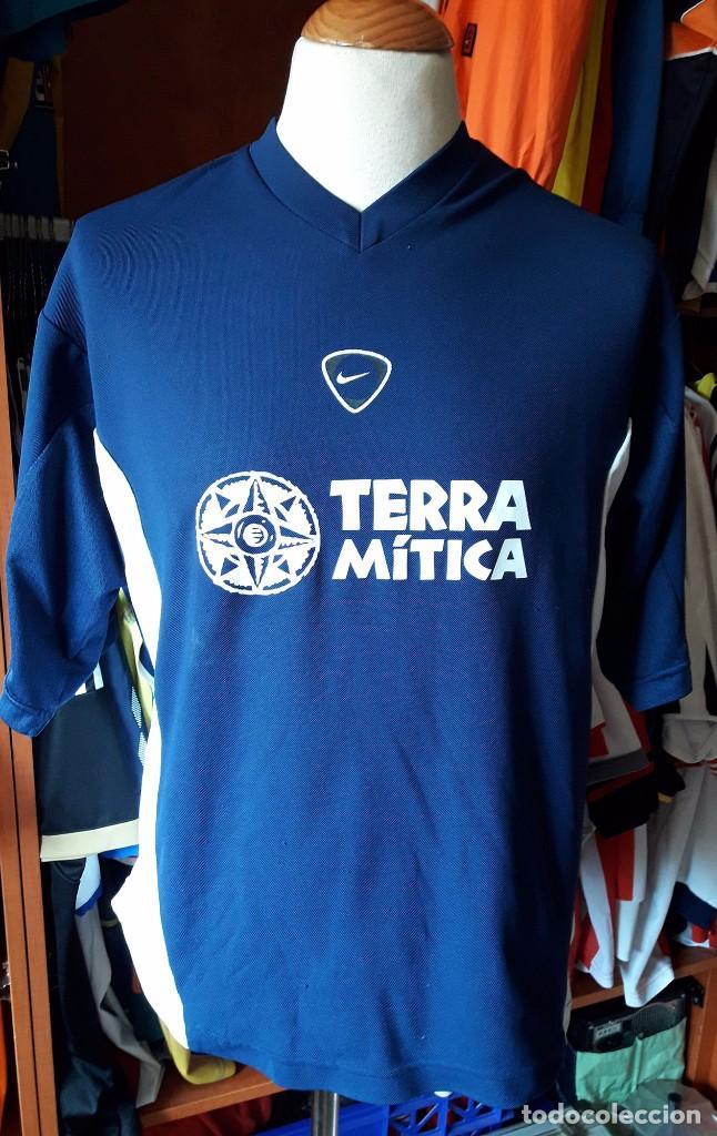 ropa Valencia CF deportivas
