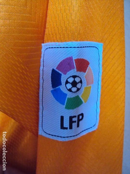 Coleccionismo deportivo: (F-170577)CAMISETA DE DJUCKIC , VALENCIA C.F. MARCA LUANVI , TALLA XL - Foto 12 - 86703704