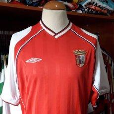Coleccionismo deportivo: CAMISETA FUTBOL SPORTING BRAGA 2001-2002 UMBRO. Lote 87577468