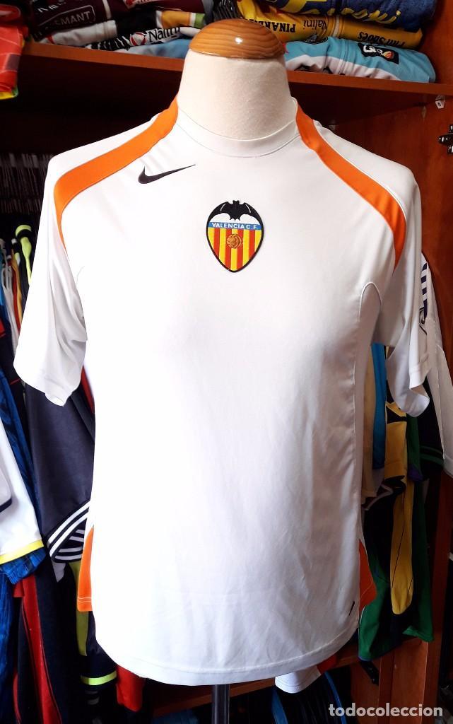 equipacion entrenamiento Valencia CF precio