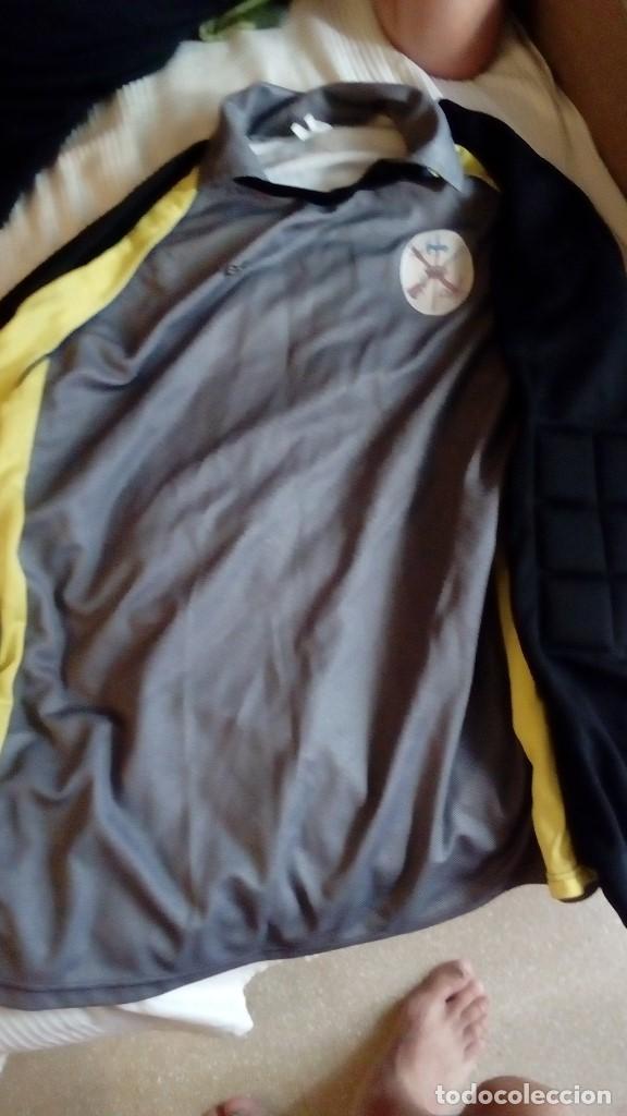 CAMISETA DE FUTBOL PORTERO CON ESCUDO DE LA LEGION TALLA XL EFA UNICO VER FOTOS (Coleccionismo Deportivo - Ropa y Complementos - Camisetas de Fútbol)