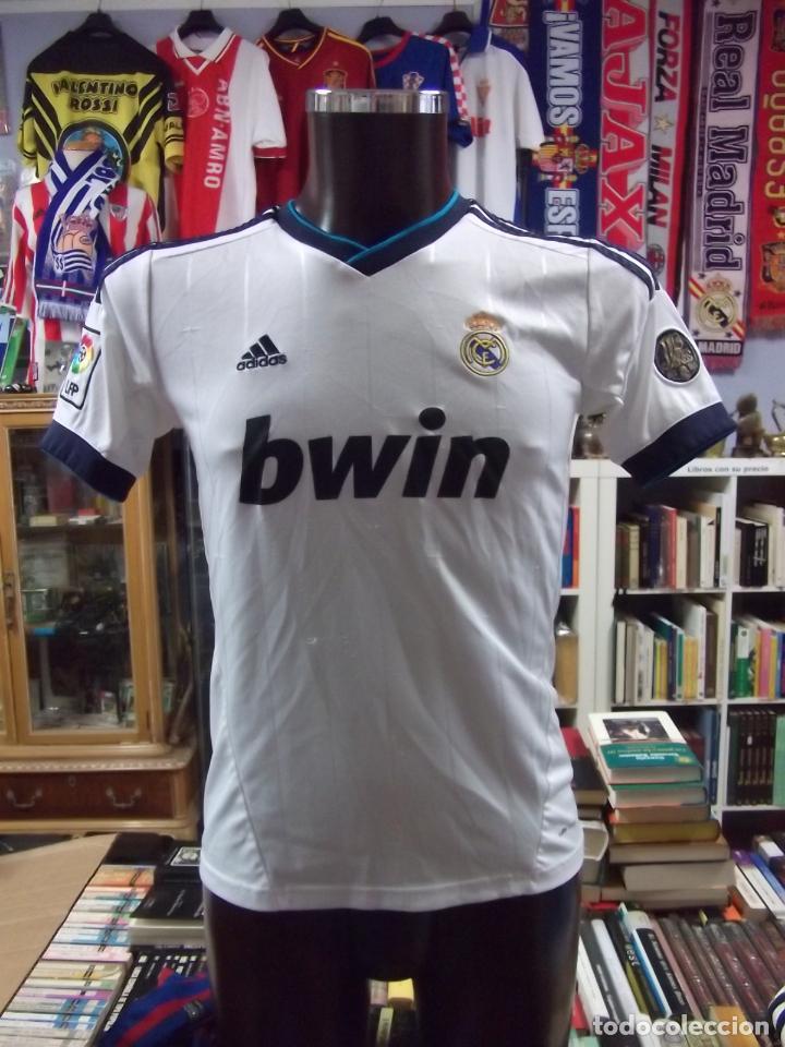CAMISETA DEL REAL MADRID CLUB DE FUTBOL. SIN DORSAL. ADIDAS OFICIAL. TALLA  164 c9218423e65db