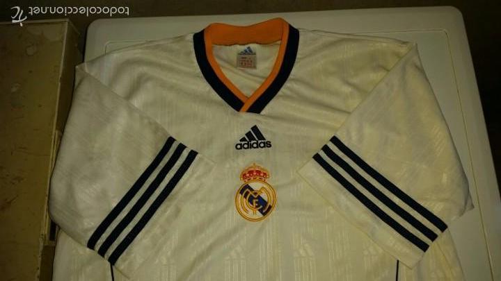 CAMISETA ADIDAS REAL MADRID ORIGINAL TALLA M (Coleccionismo Deportivo - Ropa y Complementos - Camisetas de Fútbol)