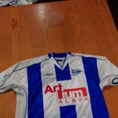 Coleccionismo deportivo: CAMISETA ORIGINAL DEL JUGADOR DEL ALAVESENEKO ROMO TENPORADA 2000. Lote 110076087