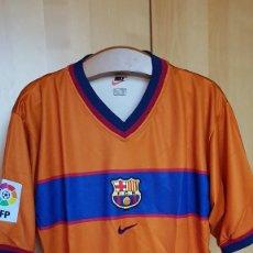 Coleccionismo deportivo: FC BARCELONA BARÇA CAMISETA SHIRT VISITANTE NIKE OFICIAL 1999-2000 NUEVA CON ETIQUETAS NO MATCH WORN. Lote 113682183