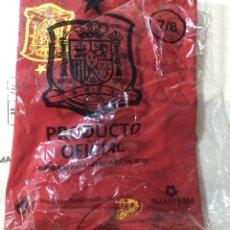Coleccionismo deportivo: CAMISETA FÚTBOL SELECCIÓN ESPAÑOLA ROJA PRODUCTO OFICIAL NIÑO Y ADULTO NUEVA. Lote 115631703