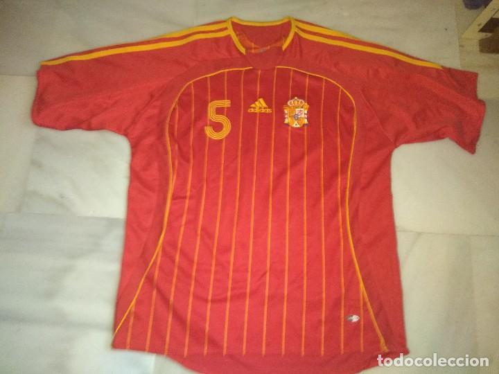CAMISETA DE FÚTBOL DE ESPAÑA PUYOL 5 TALLA L (Coleccionismo Deportivo - Ropa y Complementos - Camisetas de Fútbol)