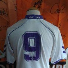 Coleccionismo deportivo: CAMISETA FUTBOL REAL MADRID #9 (ZAMORANO) 1992-1993 HUMMEL. Lote 118706463