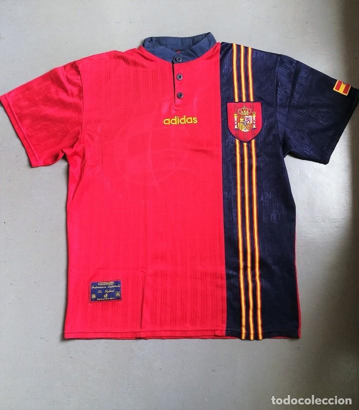 d6ed70a7719 11 fotos CAMISETA FÚTBOL SELECCIÓN ESPAÑOLA EUROCOPA 1996 (Coleccionismo  Deportivo - Ropa y Complementos - Camisetas de ...