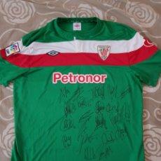 Coleccionismo deportivo: CAMISETA ATHLETIC CLUB DE BILBAO MATCH WORN 12-8-2011 FIRMADA POR TODA LA PLANTILLA. NUMERO 11.. Lote 121868128
