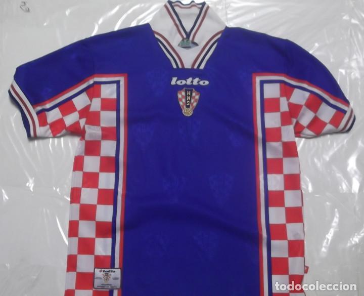 f6e4ed30a28a3 CAMISETA FUTBOL ORIGINAL LOTTO SELECCION CROACIA OFICIAL (Coleccionismo  Deportivo - Ropa y Complementos - Camisetas