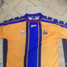 Coleccionismo deportivo: CAMISETA OFICIAL DEL BARCELONA F.C.TEMPORADA 1997 / 1998.2ª EQUIPACIÓN.KAPPA.TALLA M.. Lote 126389879