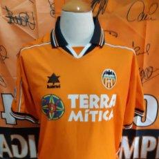 Coleccionismo deportivo: CAMISETA FUTBOL VALENCIA C.F 1999-2000 LUANVI PARCHE NARANJA. Lote 128243711