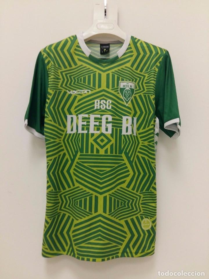 Ausländische Vereine Fußball Camiseta oficial casa preparada Deeg BI de Ngadiaga Senegal 2017 talla L