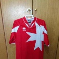 Coleccionismo deportivo: CAMISETA SELECCIÓN DE MALTA.. Lote 133846538
