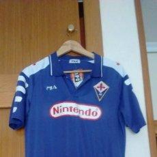 Coleccionismo deportivo: CAMISETA CASA AC FIORENTINA TALLA L BATISTUTA. Lote 143306145