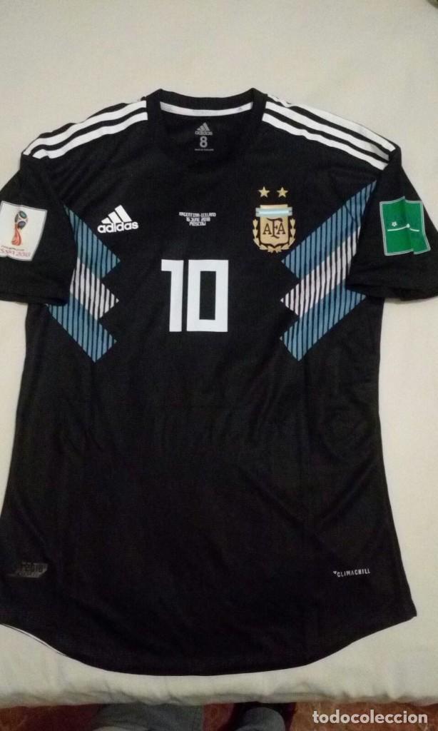 CAMISETA RESERVA ARGENTINA MUNDIAL 2018 LEO MESSI (Coleccionismo Deportivo  - Ropa y Complementos - Camisetas c026a0d3784c8