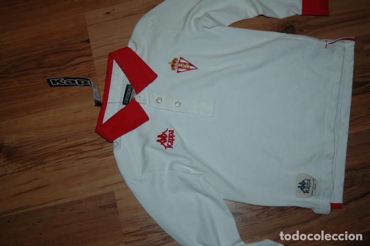 Sporting Gijon Home Camiseta de Fútbol 2005 - 2007.