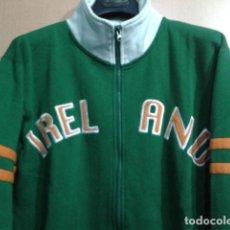 Coleccionismo deportivo: SUDADERA CREMALLERA FUTBOL ( IRLANDA ) TALLA S VINTAGE. Lote 138315606
