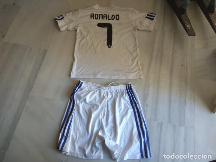 Coleccionismo deportivo: CAMISETA Y PANTALON REAL MADRID RONALDO 7 TALLA 14 - Foto 2 - 138941762