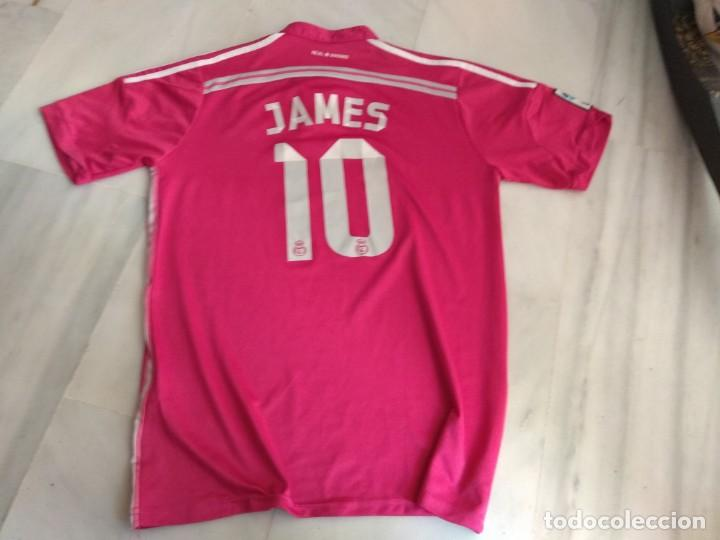 Coleccionismo deportivo: CAMISETA REAL MADRID JAMES COLOR ROSA - Foto 2 - 142420010