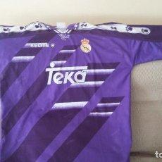 Coleccionismo deportivo: CAMISETA REAL MADRID TEKA - AÑOS 90 ( 95- 97)...AÑOS DE RAUL . Lote 143936510