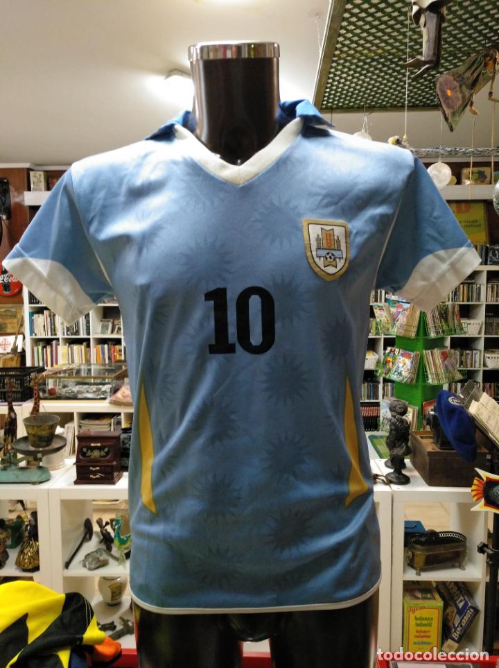 CAMISETA DE URUGUAY SELECCION URUGUAYA DE FUTBOL. DORSAL 10. FORLAN. TALLA  S. 8357717e450c9