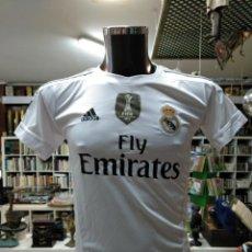 Coleccionismo deportivo: EQUIPACION DEL REAL MADRID. CAMISETA + BERMUDAS. DORSAL 7 CRISTIANO RONALDO. TALLA 176. TDKDEP16. Lote 146417186