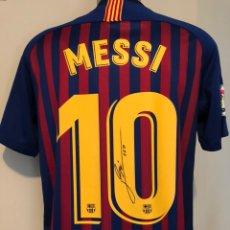 Coleccionismo deportivo: CAMISETA FC BARCELONA FIRMADA POR MESSI. Lote 140308508