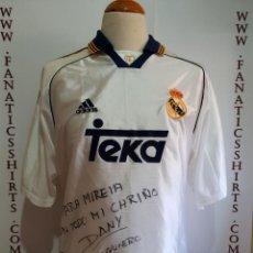 Coleccionismo deportivo: CAMISETA FUTBOL REAL MADRID 1998-1999 TEKA ADIDAS FIRMADA . Lote 154111698