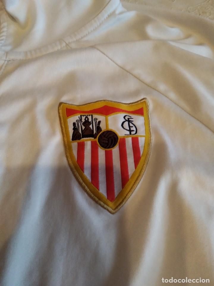 Coleccionismo deportivo: C-GOD01 CAMISETA DE FUTBOL DE SEVILLA CLUB DE FUTBO NO APARECE TALLA PERO PARECE MEDIANA - Foto 2 - 169132012