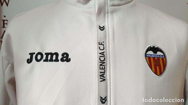 Coleccionismo deportivo: Chaqueta Chandal valencia C.F 2011-2012 Joma - Foto 2 - 171999295