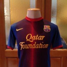Coleccionismo deportivo: CAMISETA FUBOL F.C BARCELONA 2012 13. DORSAL 8 INIESTA. TALLA S. USADA.. Lote 175665395