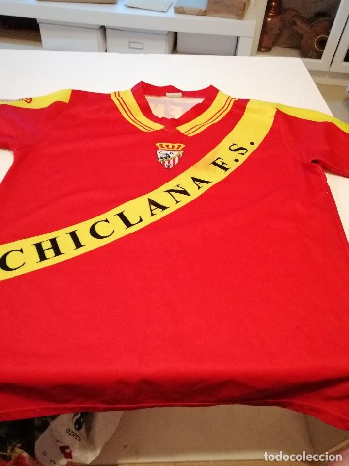 G-FUE18G CAMISETA DE FUTBOL TALLA 12 AÑOS CHICA CHICLANA ROJA VER FOTOS (Coleccionismo Deportivo - Ropa y Complementos - Camisetas de Fútbol)