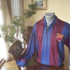 Coleccionismo deportivo: FC BARCELONA. REPLICA 1920. TALLA L. CORDONES Y ESCUDO ÉPOCA.. Lote 178161064