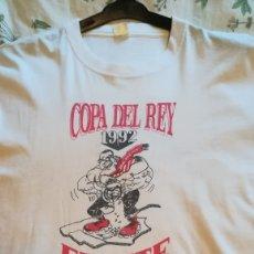 Coleccionismo deportivo: CAMISETA FRENTE ATLETICO ULTRAS ATLETICO DE MADRID FINAL COPA DEL REY 1992 ATLETICO 2 REAL MADRID 0. Lote 178734776